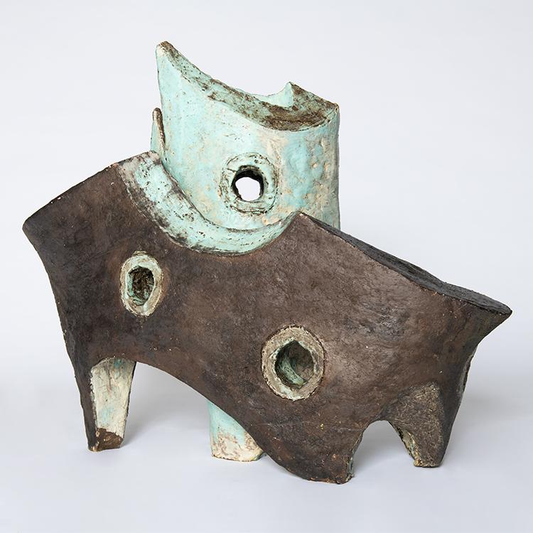 Jan F. van Beelen (1936-2019), Boten, circa 2000, geglazuurd aardewerk.